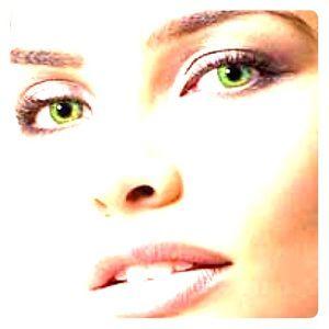 Bright green eye color change